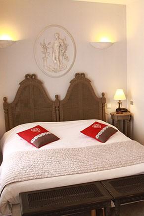HOTEL DE LA MAIRE A EMBRUN, HAUTES-ALPES