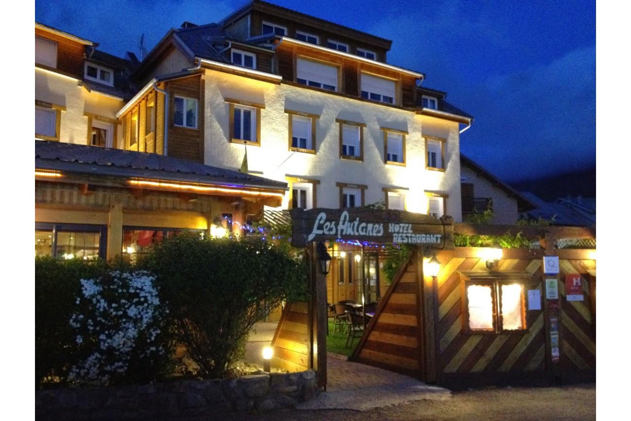 H tel 3 toiles ancelle dans les hautes alpes for Hotels 3 etoiles